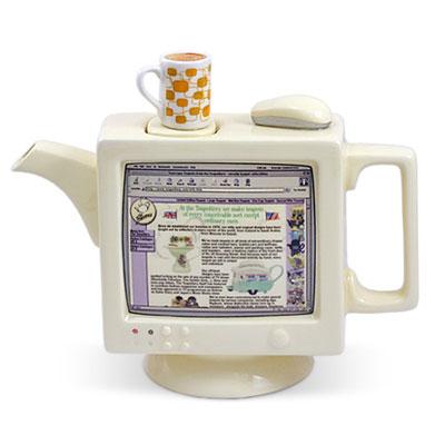 Чудо-чайник – вариант свадебного подарка
