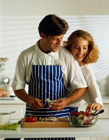 Торт по-мужски или что добавить к подарку для кухни