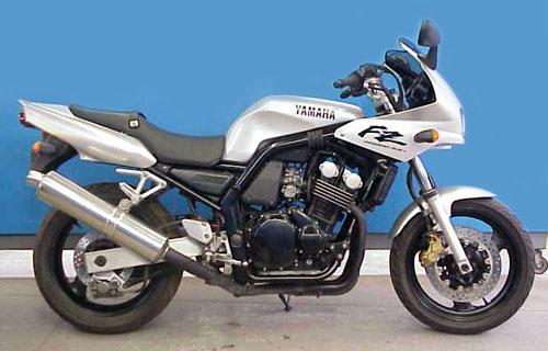 Yamaha FZ400