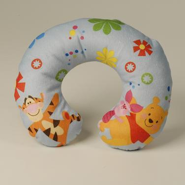 Подушка с Винни и Тигрой
