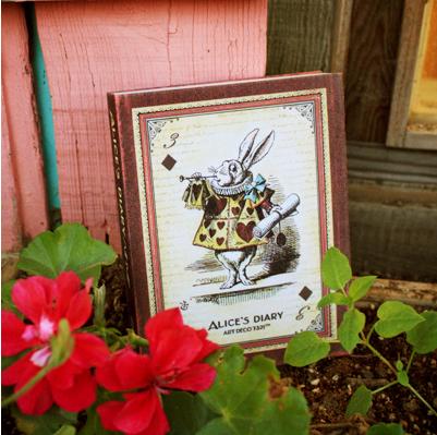 Ежедневник Алиса и цветы