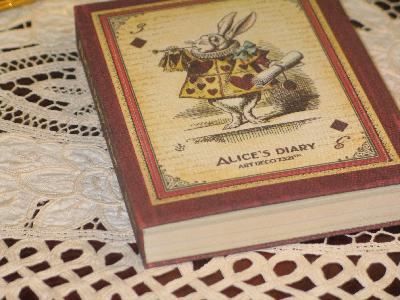 Ежедневник Алиса