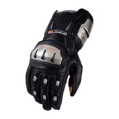 Спортивная перчатка