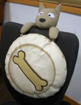 Подушка на спинку стула