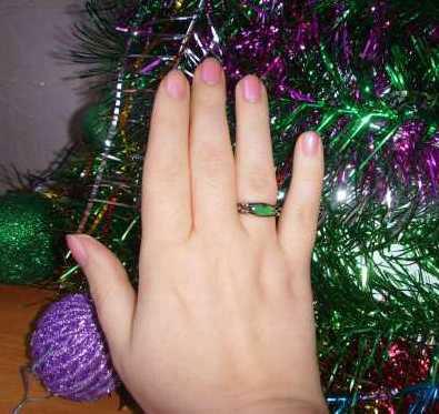 Кольцо стало зеленым