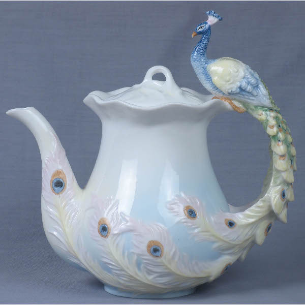 Чудо-чайник фарфоровый