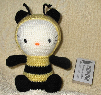 Китти-пчелка