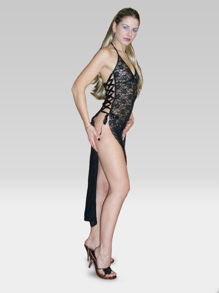 Платье на нашей модели