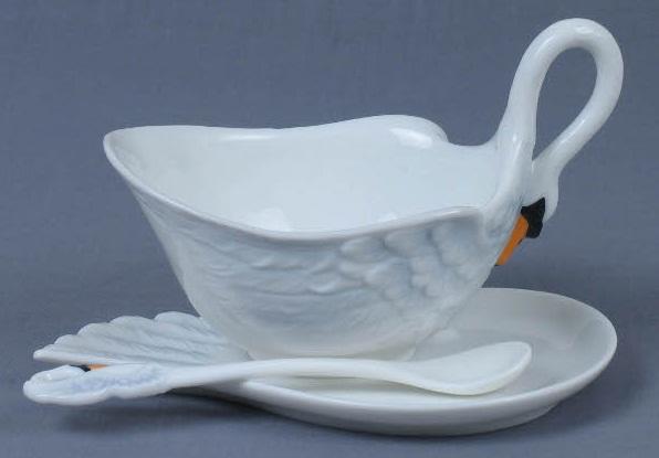 Чашка Лебедь