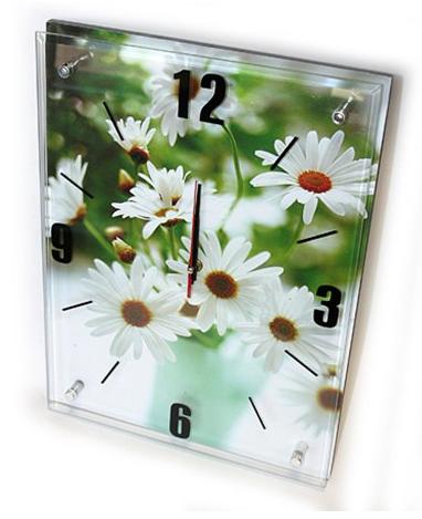 Часы с ромашками