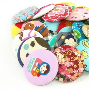 оригинальные броши, значки с различными рисунками, матрешками на платок, пальто, жилетку, одежду ручной работы яркие красивые