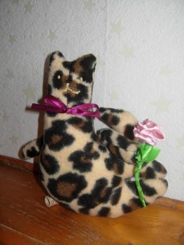 Цветок и кот