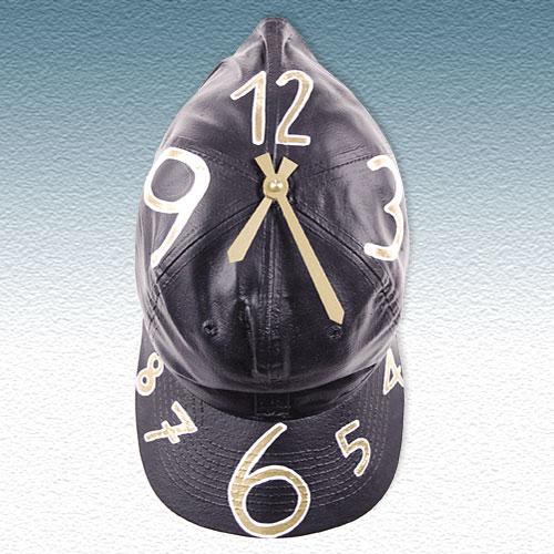часы бейсболка