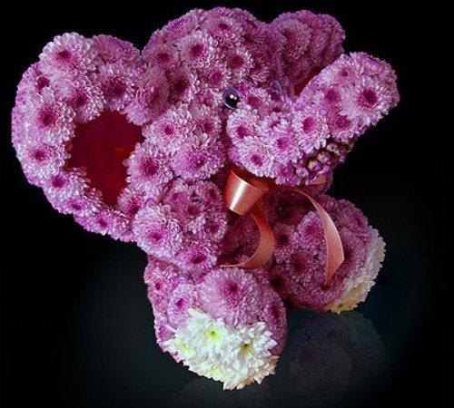 Игрушки из цветов. Слон