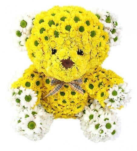 Игрушки из цветов. Мишка желтый