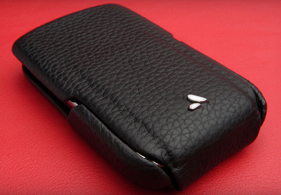 Чехол для BlackBerry Bold 9700 Vaja Black/Red Limited Edition Leather Flip Case
