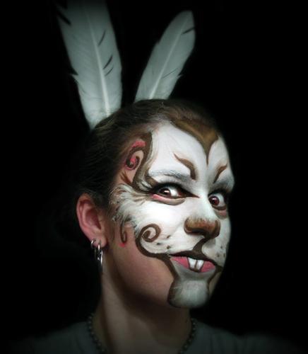 роспись лица на праздник